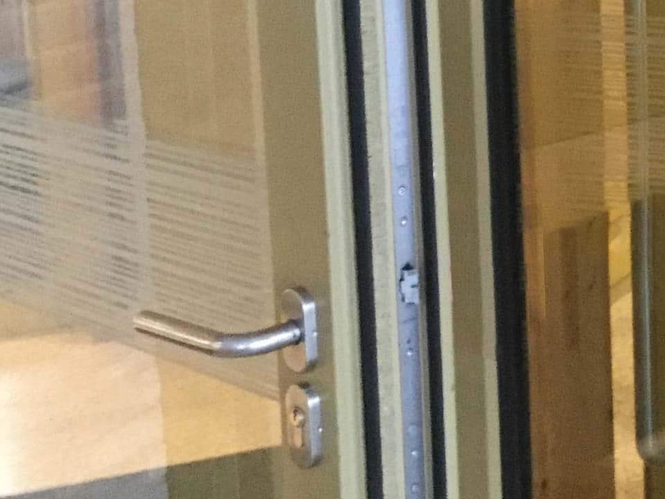Isolerende deurprofielen in hout